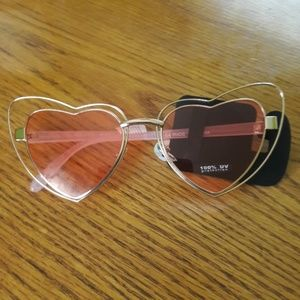 Accessories - Cute pink sunglasses. 100 % uv protection